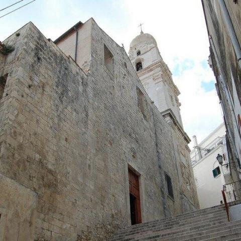 visitare cattedrale santa maria assunta vieste gargano